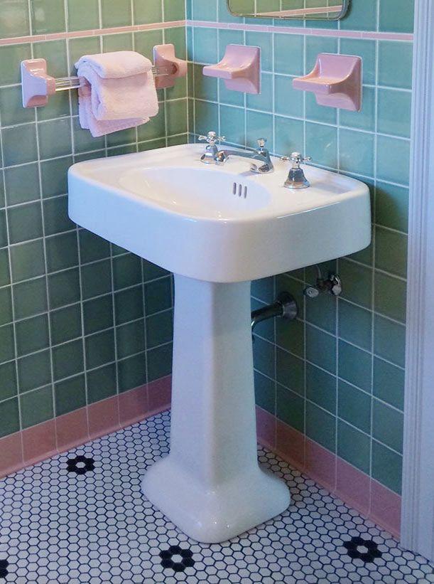 215 best Bathroom images on Pinterest | Bathroom, Bathroom vintage ...