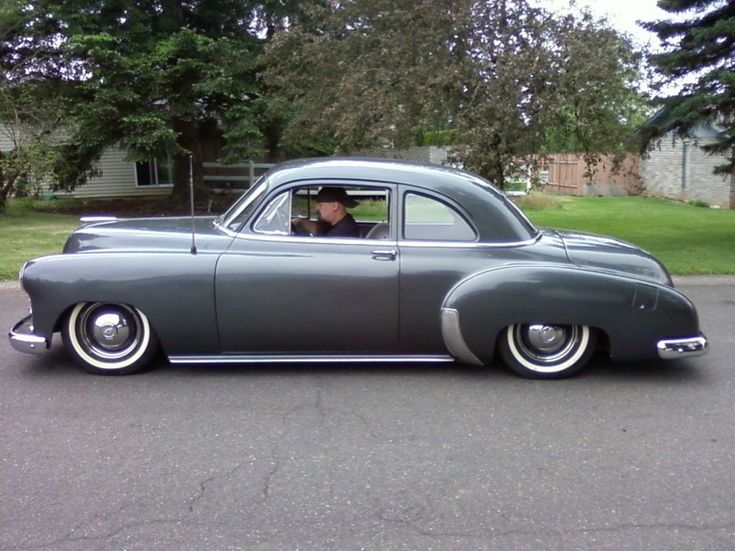 1950 Chevy with dropped uprights, C notched rear, dearched leafs