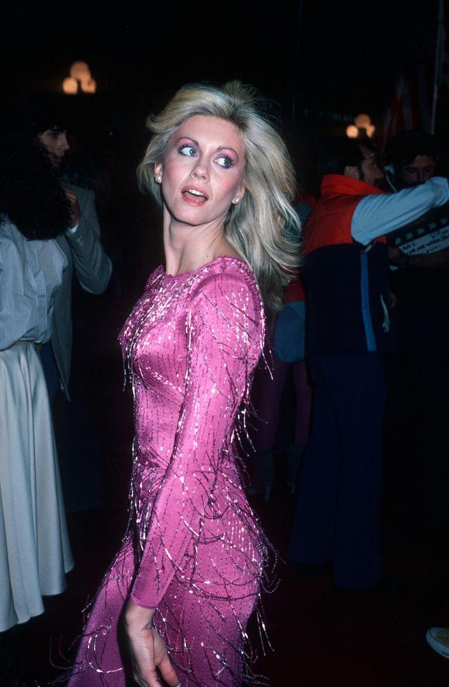 Olivia Newton-John Style Evolution: From Shiny Spandex To Sleek & Sophisticated (PHOTOS)   The Huffington Post