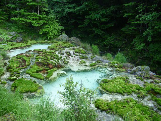 唐沢鉱泉 源泉