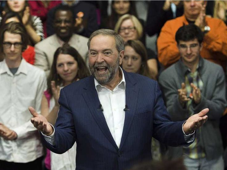 Tonight's leaders debate – the make or break moment for Tom Mulcair and the NDP - NDP Leader Tom Mulcair reacts to the applause as he arrives at a campaign stop in Montreal on Thursday, Oct. 1, 2015.