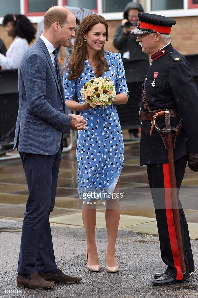 Catherine, Duchess of Cambridge and Prince William, Duke of Cambridge chats with…