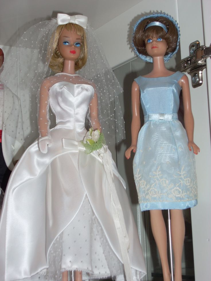 167 best barbie gets married images on pinterest barbie for Wedding dresses for barbie dolls