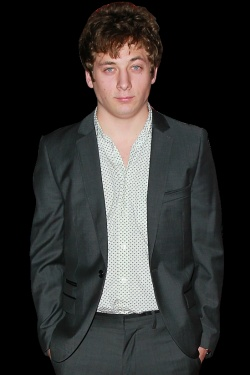 Shameless's Jeremy Allen White on Turning 21, Smoking Camel Lights, and Playing a Masochistic Heartthrob