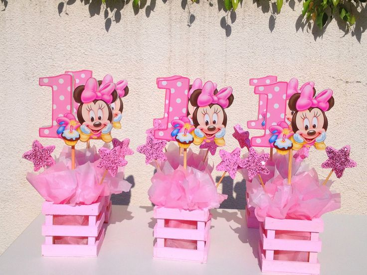 Baby minnie mouse centerpiece for 1st by for Baby minnie mouse party decoration