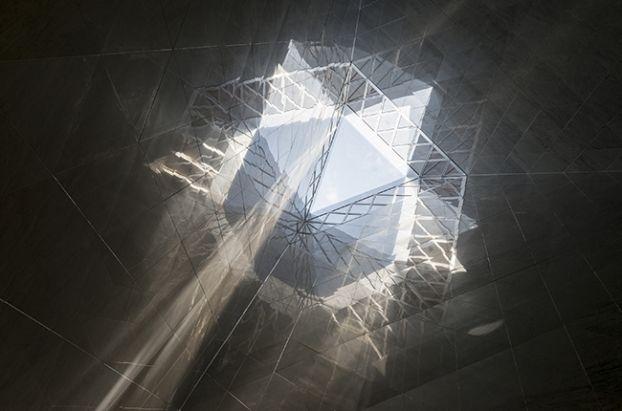 ME London, glazed oriel windows   London   United Kingdom   Glass in Architecture 2014   WAN Awards