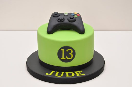 ... on his Xbox so this cake was the perfect choice for his 13th birthday