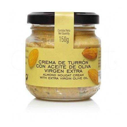 En la tienda online de productos gourmet y delicatessen 'Érase un gourmet' vendemos esta delicioso crema de turrón con aceite de oliva virgen extra de La Chinata.
