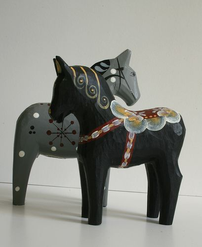 more dala horse loveliness: from bratli's flickr via ninainvorm