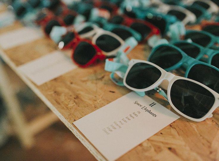 Busca tu sitio en la boda// Seatting plan Foto: Fandi.es Organización: Señor y señora de #bodassrysrade #weddingsoundfestival www.señoryseñorade.com