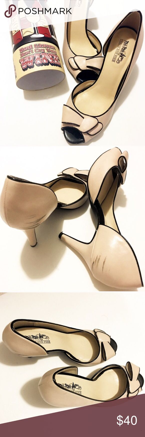 Coach and Four two toned bow heels Coach and Four two toned nude heels with black piping and darling now over toe. So chic and girly. Please note scuff marks on inner side of heels. Can probably be buffed out but I haven't tried. These would be a cute neutral pump for your Holiday Dress! Coach and Four Shoes Heels