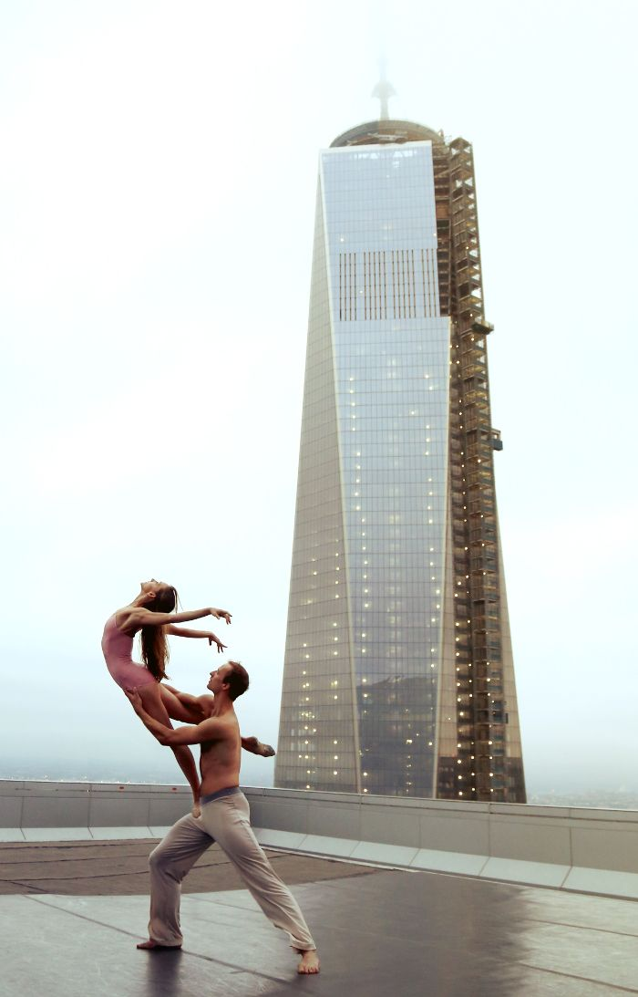New York City Ballet – Fubiz™ {Oh dear, now I want to shoot on the top of a building...}