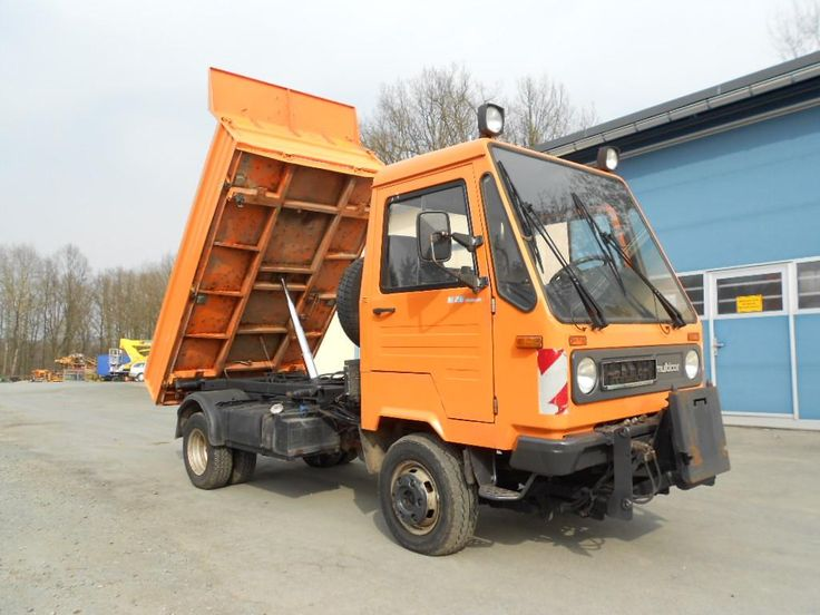Great Price Tilting Multicar M 26 Second Hand. Manufacture year: 2002. Weight: 4800 kg. Mileage: 130296 km. 4-cylinder diesel engine with 78 kW / 106 hp.  5-speed manual transmission. Excellent running condition. Ask us for price. Reference Number: AC601. Baurent Romania.