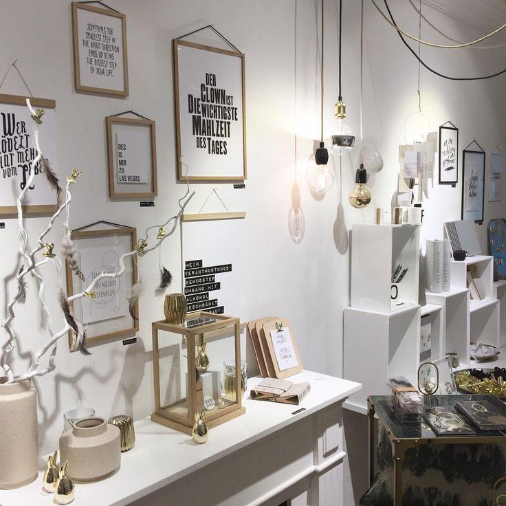 "weißglut concept store (@weissglut_concept_store) auf Instagram: ""#whiteandoak #typography #gold #moebe #bloomingville #monograph #livingbycolors #hübschinterior…"""