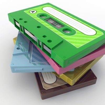 http://www.skinnymom.com/2014/06/14/15-80s-songs-to-totally-add-to-your-playlist/