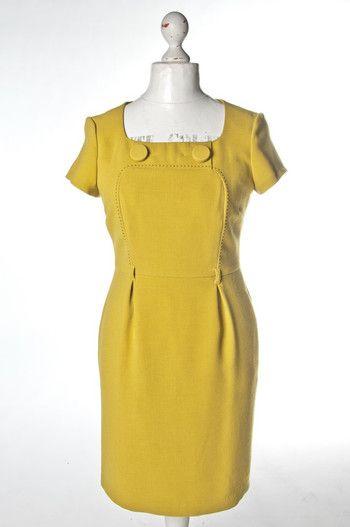 #Sukienka midi w modnym kolorze   | #wzorcownia #dress #marks #spencer