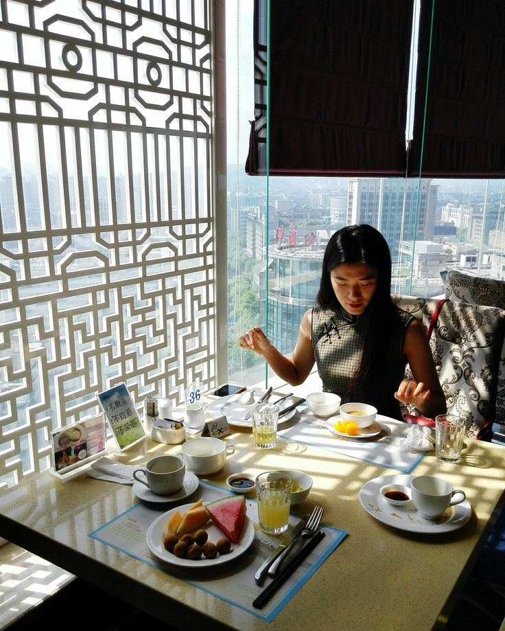 Breakfast over looking Hangzhou Downtown at the Friendship Hotel  #food #foodporn #prettygirl #hotel #travel #hangzhou #hangzhoulife