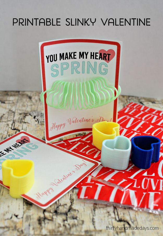 Printable Slinky Valentines - print out these cute Valentine's to hand out at school.  A non candy Valentines idea! www.thirtyhandmadedays.com