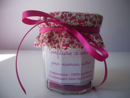 confiture d'amour pour maman extra!(http://surunfil.canalblog.com/)