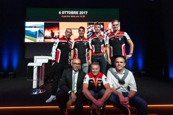 Aruba Racing team al completo