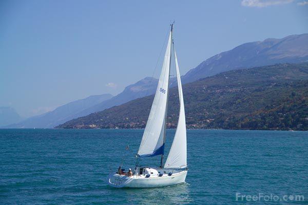 Sailing: Favorite Places, Sea Breeze, Sailing Sea, Travel, Summer Breeze, Calm Water, Summer Sea, Doors Decorations, Sea Summer
