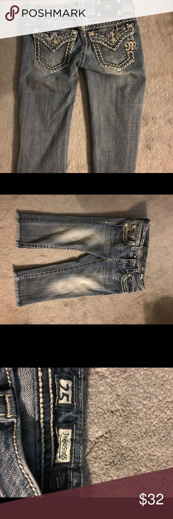 Excellent miss me capris size 25 Excellent miss me capris size 25 Miss Me Pants Capris