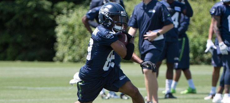 Doug Baldwin is being a resource for new Seahawks wide receivers as they adjust to the NFL.