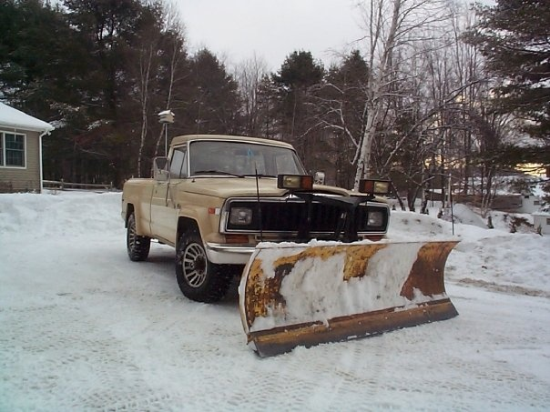 17 best images about snow plows on pinterest jeep pickup truck trucks and jeeps. Black Bedroom Furniture Sets. Home Design Ideas