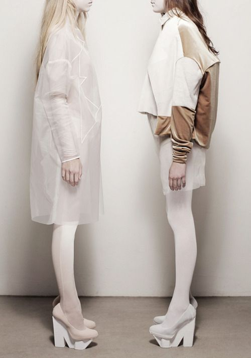 Contemporary Fashion Design with contrasting fabrics & oversized silhouettes // Melitta Baumeister