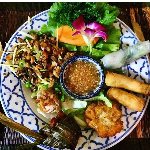 🙌🏻💕 #thai #food #asian #yum #restaurant #date #foodporn #thailand #eat #foodie #eatclean #healthy #colors #cuisine #lunch #teambouboule #instamood #potd #hungry