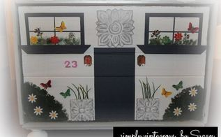 Come ho trasformato un breadbox in una casa di giocattoli, artigianato, riproporre upcycling, una Gingerbread House finestra cespugli e bastone porta a diamanti come luci e la farfalla e adesivi fiore dipinto