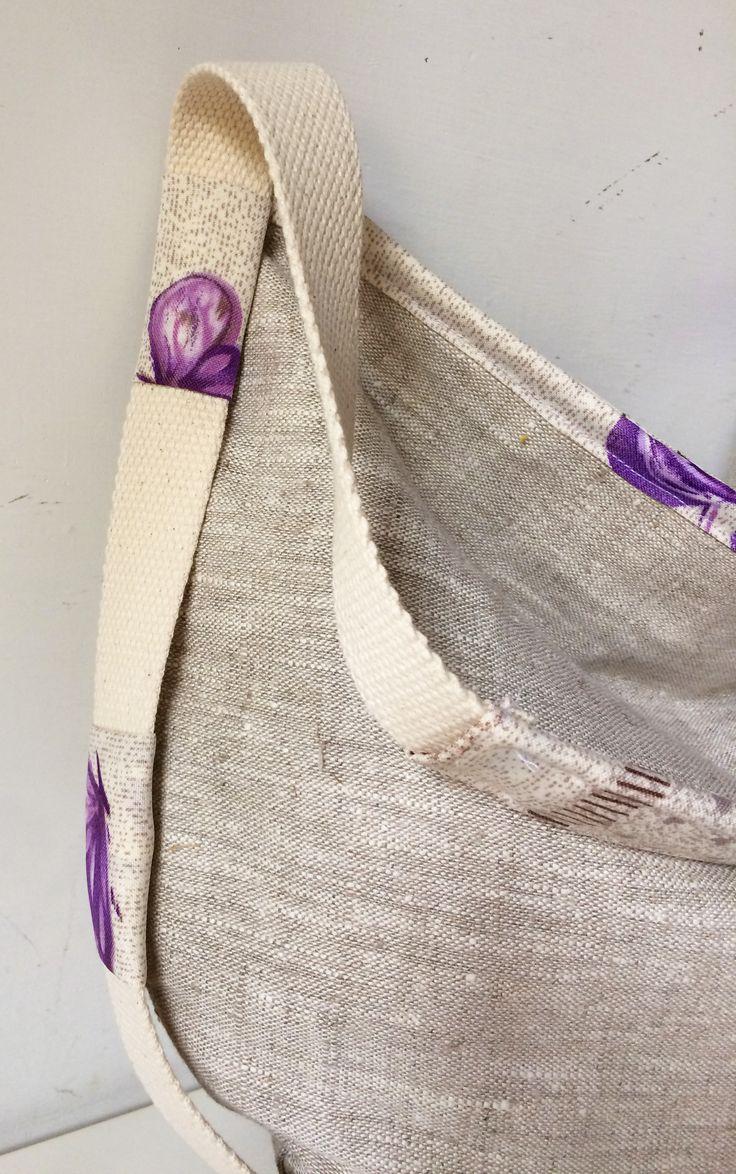 https://www.etsy.com/it/listing/478187153/borsa-tracolla-dettagli-di-moda-handmade