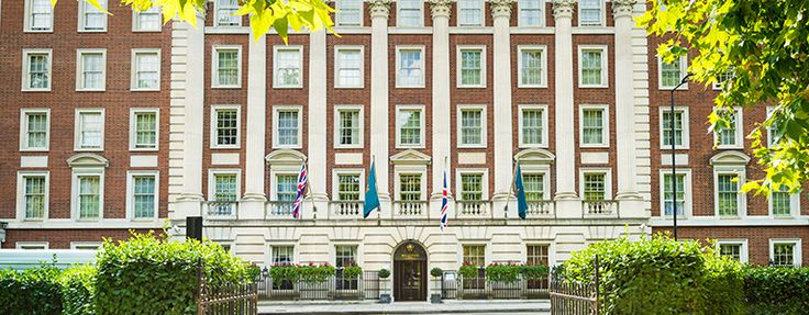 Houses in Mayfair - and the area in general... #MayfairPropertyServices #London #Mayfair #luxuryhomes #kent #tubestirke