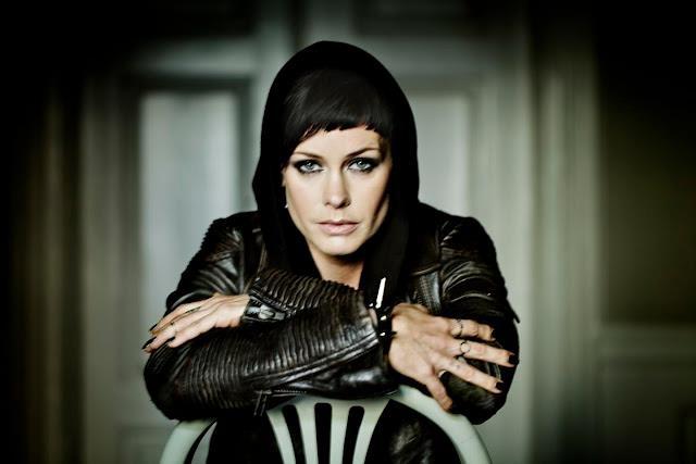 Danish singer Lene Nystrøm (from AQUA) wearing the monocle ring.  #mariablack
