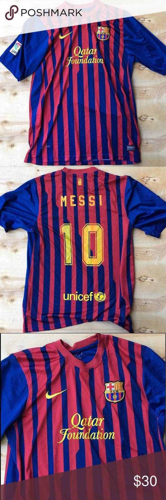 Barcelona Spain Messi soccer futbol jersey Nike XL Home game jersey XL original Nike 7/10 cond Nike Shirts