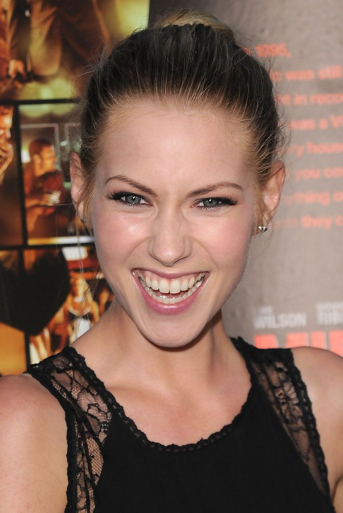 142 best images about laura ramsey on pinterest olivia d 39 abo cancun and hot babes. Black Bedroom Furniture Sets. Home Design Ideas
