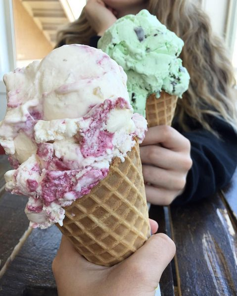 Weekend vibes...  🍦Photo | IG:kaytlynnsmith