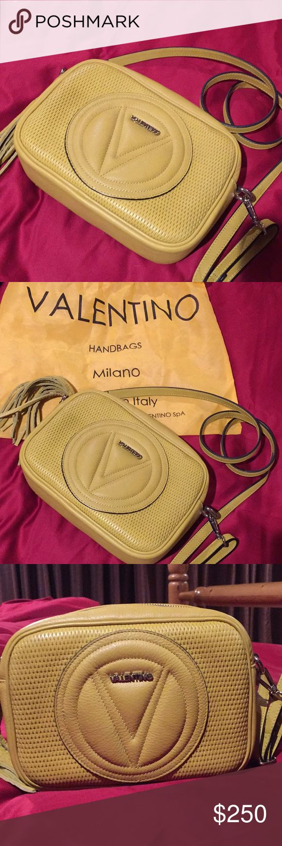 Valentino by Mario Valentino Handbag Valentino by Mario Valentino Crossbody Bag. Only used twice, like new. Great color and a must have style. Perfect for on the go. Mario Valentino Bags Crossbody Bags