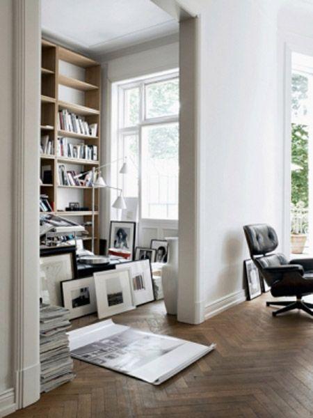 Home interior - photos Marc Seleen: Living Rooms Design, Girls Styles, Interiors Design, Homes Design, Cars Girls, Elle Decoration, Homes Interiors, Herringbone Floors, White Wall