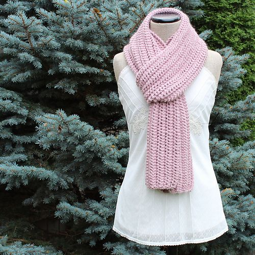The Snow Day Scarf pattern by cold comfort knits | all things