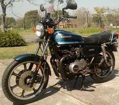Moto #Kawasaki Z550 1981. http://www.arcar.org/moto-kawasaki-z550-1981-80351