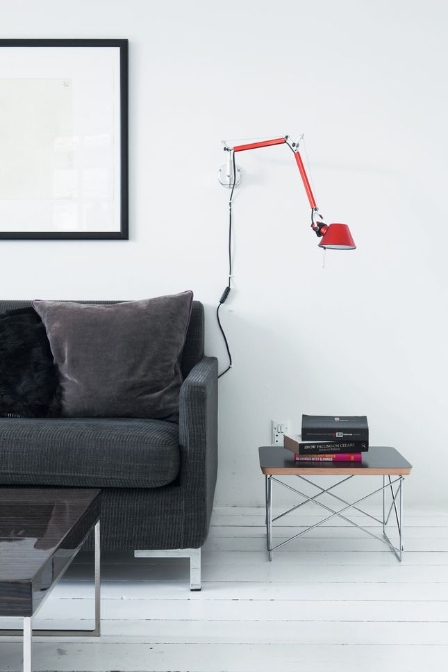 Tolomeo wall, design by Michele de Lucchi and Giancarlo Fassina, 1987-2010