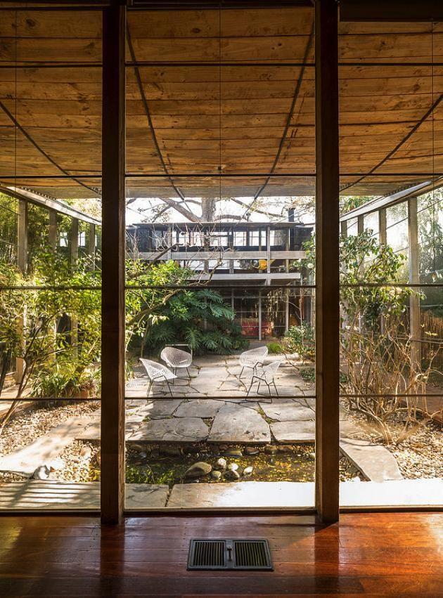 Robin Boyd's Boyd House II (1957–59), 290 Walsh Street, South Yarra, Victoria.