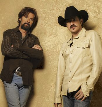 WHO IS RONNIE DUNN ?  COUNTRY THIS !  Brooks & Dunn