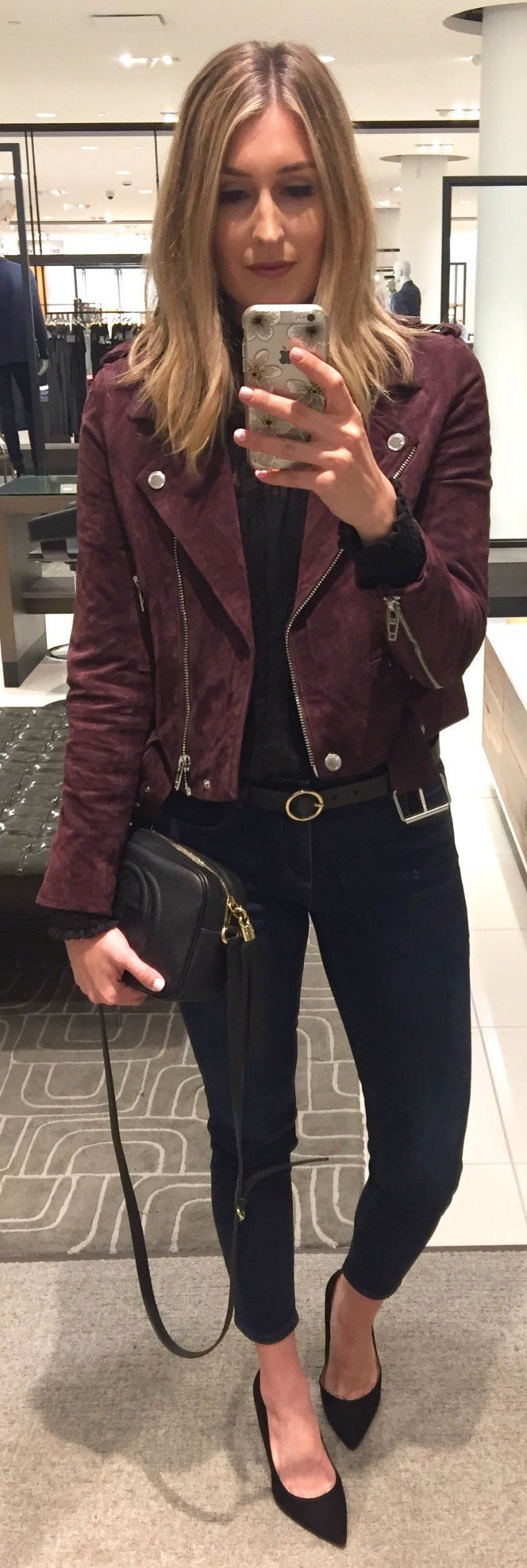#winter #fashion /  Purple Jacket / Black Skinny Jeans / Black Pumps / Black Leather Leather Shoulder Bag