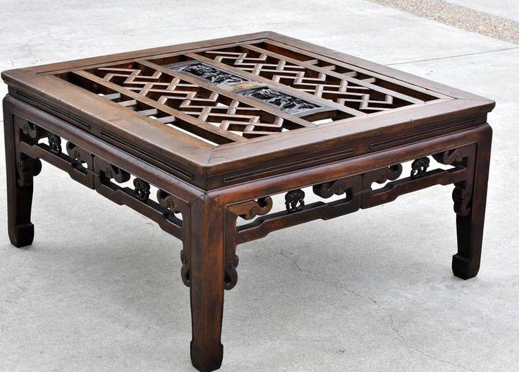 Áttört mintás asztal