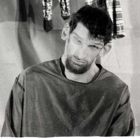 Matthew McGrory..I just loved him in House of a 1000 Corpses and Big Fish