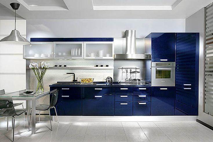 Плюсы крашеного МДФ - Очень много цветов, которые можно комбинировать между собой, как вам будет угодно. Чаще всего будут предлагать цвета по каталогу RAL. (цветовой веер) - Достаточно легко моются -  Есть возможность сделать уникальную форму фасада для кухни. Технологии позволяет гнуть и закруглять фасад. - Устойчивы к влаге и запахам - Много покрытий. Можно выбрать матовую или глянцевую, хамелеон или перламутр, или вообще остановиться на металлике.   Минусы крашеного МДФ  - Не попадают в…