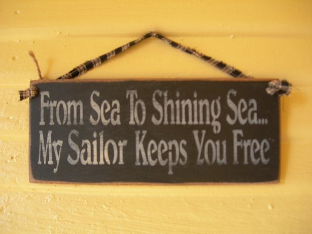 From sea to shining sea...my sailor keeps you free....I ♥ this! I want this in our bathroom!!!