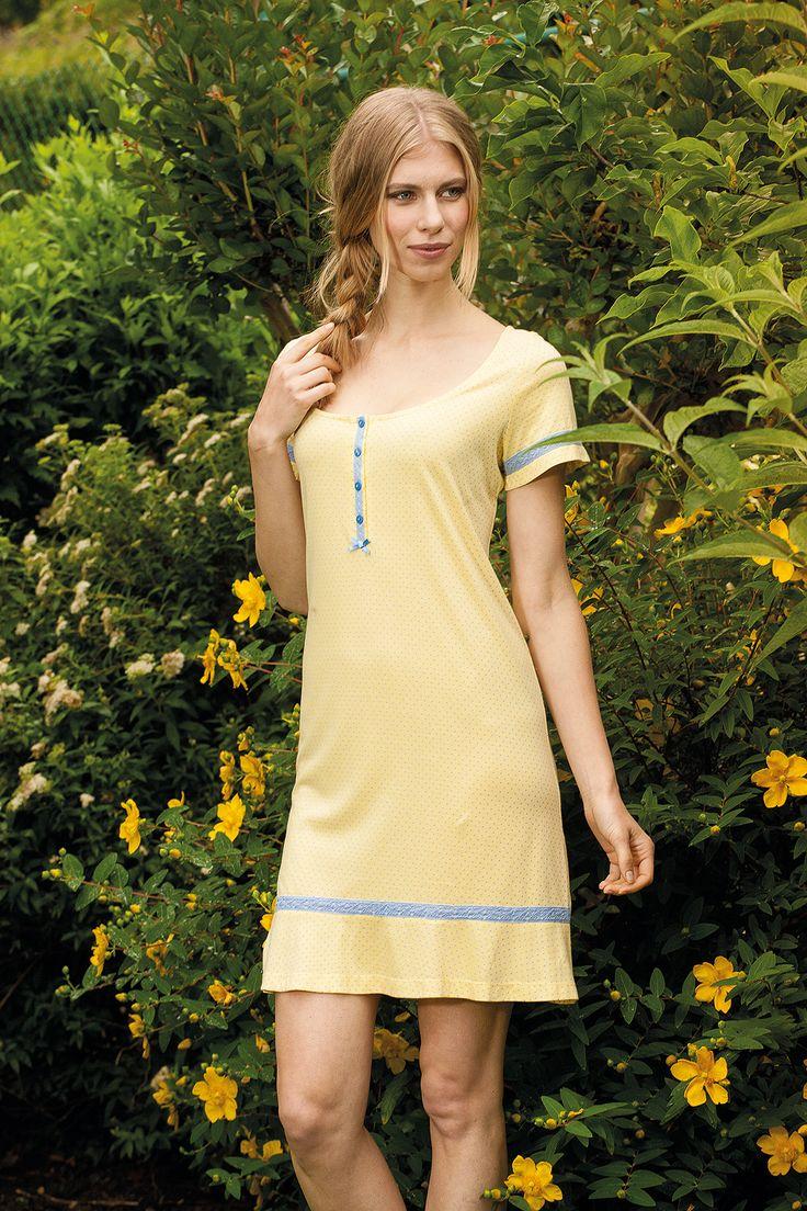 Yellow, Sun, flowers.... summertime? #señoretta #yellow